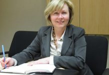 Catherine Dewar, Consultant, Investors Group Financial Services Inc. (photo: Tammy Simon)