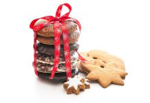 Give a gift of cookies this year, or treat yourself through a cookie exchange!