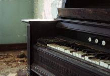 """""""Spirit of the Piano"""" by Julie Douglas. The framing and the soft focus of the background heighten the effect of this image. (Photo: Julie Douglas)"""