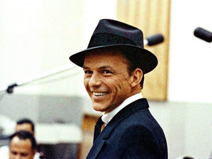 Frank Sinatra (1959 publicity photo)