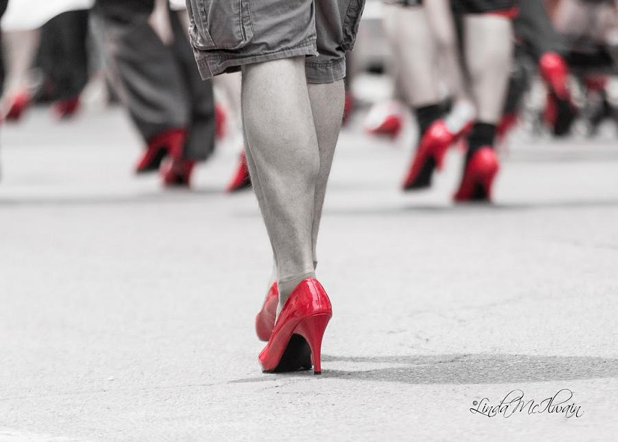 Walk A Mile In Her Shoes Raises 109 204 For Ywca