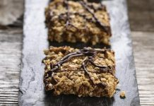 Pack these healthy-but-tasty Lentil Granola Bars into your kids' lunch or serve them as an after-school treat