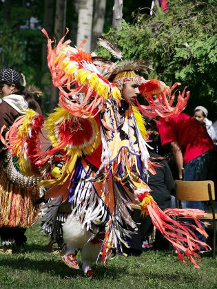 A dancer in regalia at 2007 Curve Lake Pow Wow (photo courtesy of Curve Lake Cultural Centre)