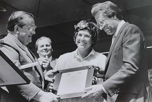 In September 1988, Toronto Mayor Art Eggleton presents Vicki Keith with a plaque announcing that day as Vicki Keith Day