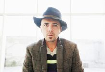 Glam-pop rocker Hawksley Workman performs at Showplace Performance Centre in Peterborough on April 22 (photo: Dustin Rabin)