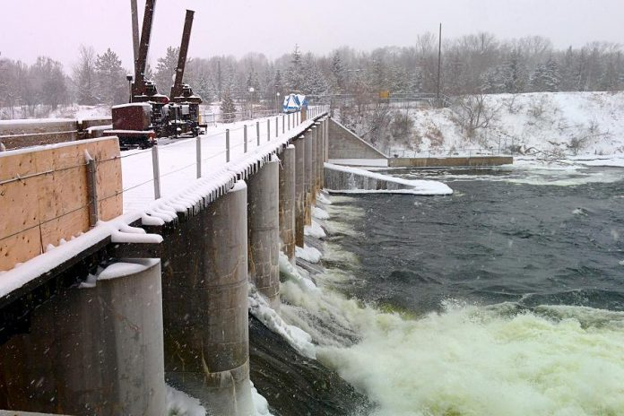 The existing hydroelectric station on the Otonabee River at London Street in Peterborough currently produces 4 megawatts of hydroelectric power. The new generating station will produce an additional 6 megawatts of green power by the summer of 2016.