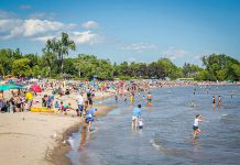 Families enjoying Victoria Beach on Lake Ontario in Cobourg (photo courtesy of Linda McIlwain)