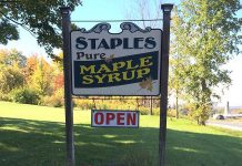 Robert Staples of Staples Maple Syrup has received a lifetime achievement award from the Ontario Maple Syrup Producers Association (photo: Staples Maple Syrup / Facebook)