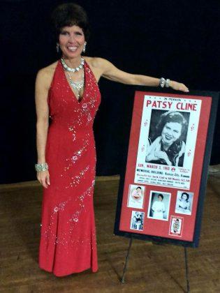 Leisa Way at Globus Theatre at Lakeview Arts Barn (photo: Sam Tweedle / kawarthaNOW)