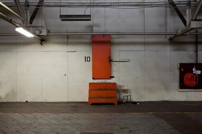 Building 10 upper gallery, single lift 150 ton crane access door (photo courtesy of Wayne Eardley)