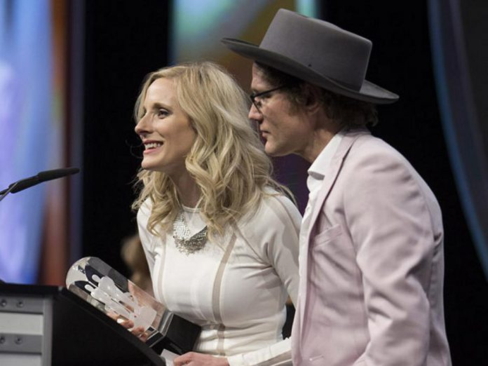 "Whitehorse won the 2016 Juno Award for Adult Alternative Album of the Year for ""Leave No Bridge Unburned"" (photo: Canadian Academy of Recording Arts and Sciences)"