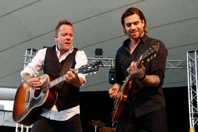 Kiefer Sutherland performing at Peterborough Musicfest on June 29, 2016 (photo: Peterborough Musicfest)