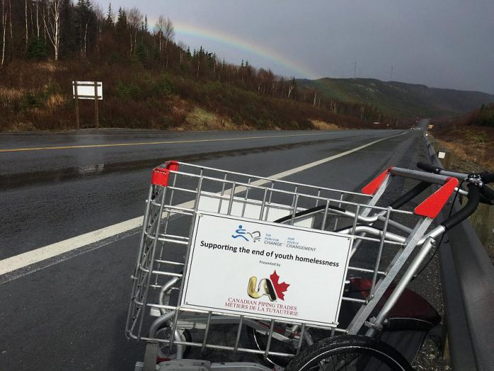 Joe's shopping cart is a symbol of homelessness (photo: The Push for Change)