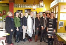 Social networking in real life: Lisa Clarke, Marilyn Burns, Meredith Dault (from Informed Opinions), Alissa Paxton, Jane Fisher Ulrich, Jennifer Cureton, Jeannine Taylor, Ann Douglas, and Sandra Dueck (photo: kawarthaNOW)