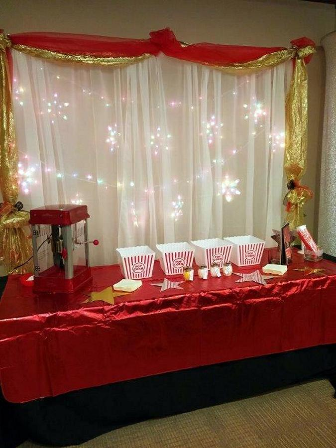 The Oscars Christmas party also has a popcorn bar, awards, and a James Bond themed dance performance. (Photo: Swanky Events)