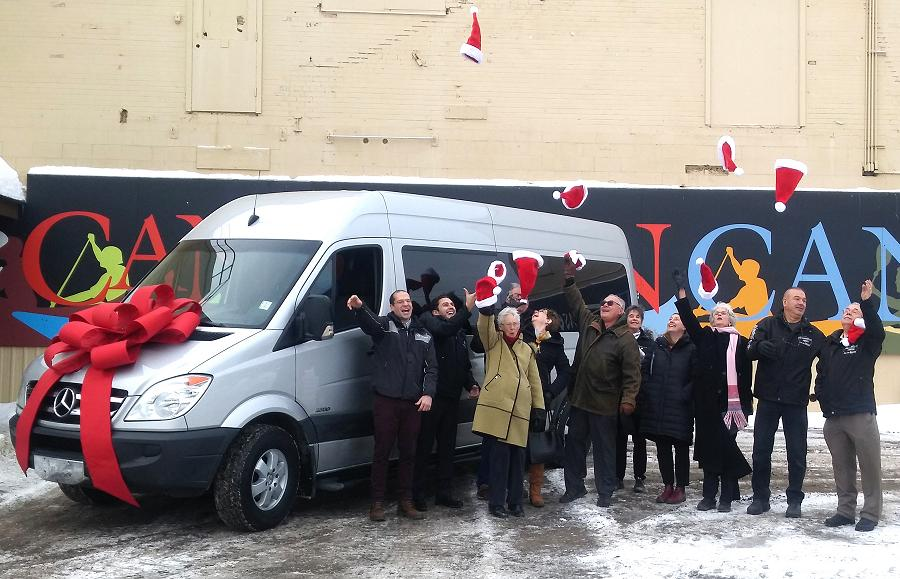 New van is early christmas gift for the canadian canoe for Mercedes benz christmas commercial