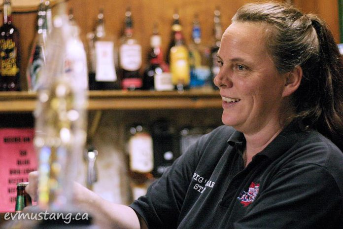 """Andrea Forsell, manager and bartender of the Pig's Ear in 2008. Some say she's the """"heart"""" of the Piggy. (Photo: Esther Vincent, evmustang.ca)"""