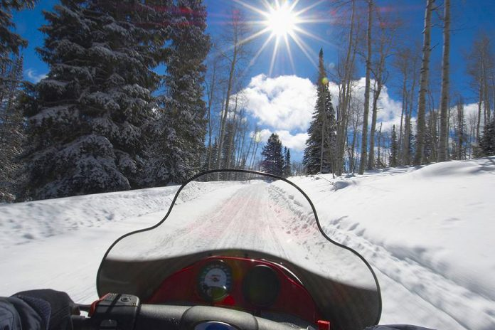 Make every trip a round trip. Ontario Snowmobile Safety Week runs from January 21 to 29, 2017.