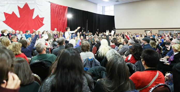 There was no shortage of questions for the Prime Minister during the two-hour event  (photo: Linda McIlwain / kawarthaNOW)