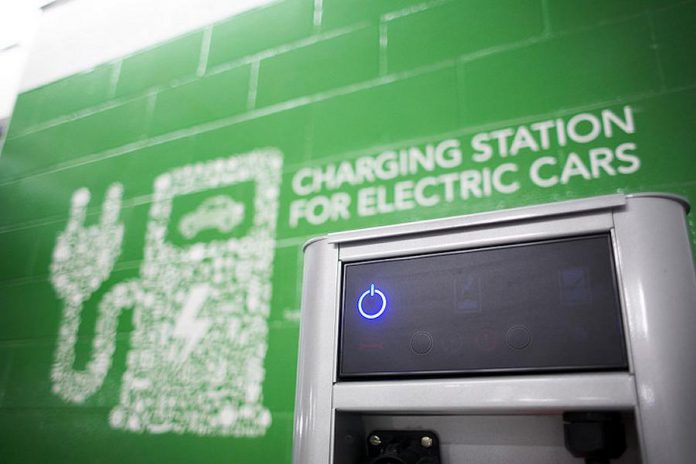 The Province is investing $20 million from its Green Investment Fund to build close to 500 EV charging stations at more than 250 locations province wide.  Building a more robust network of public chargers across Ontario allows EV owners to plan longer trips and reduces concerns about the range of vehicles. (Photo: Province of Ontario)