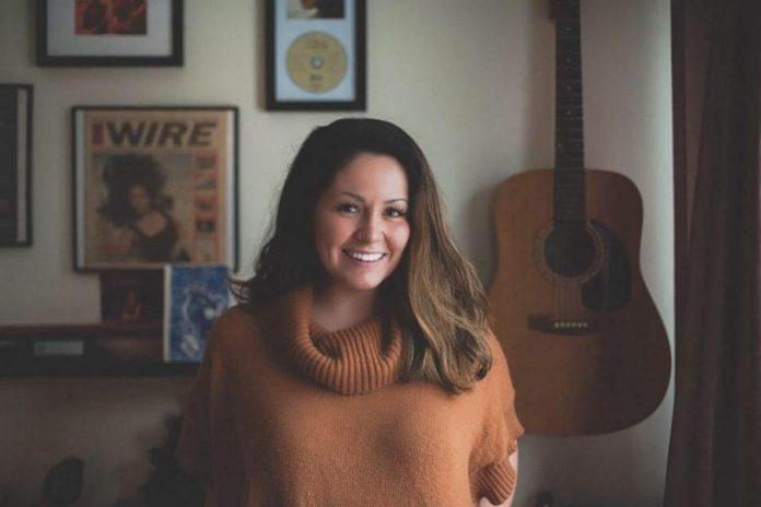 Singer-songwriter Missy Knott is releasing her new EP My Sister's Heaven (photo: Wayne Ferguson)