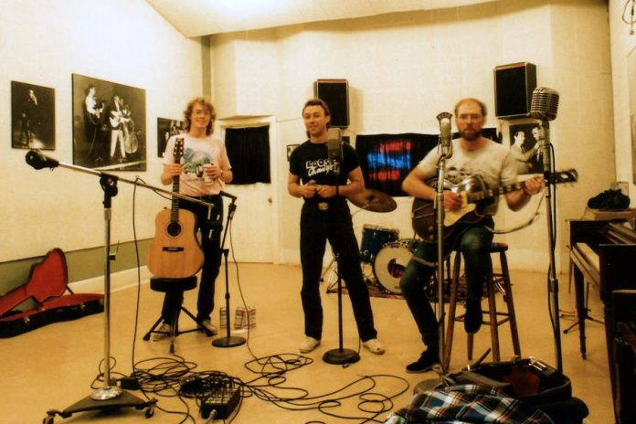 Rick Fines, Al Black, and Gary Peeples recording as Jackson Delta at Sun Studio in Memphis in 1988 (photo: Jackson Delta)
