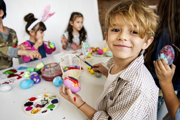 The Easter long weekend is a perfect time to spend with your family. Many businesses and services are closed on Good Friday and Easter Sunday, and government offices and schools are also closed on Easter Monday.