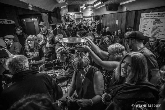 Photographer Wayne Eardley's evocative shot of the crowd of live music fans at the final PMBA Deluxe Blues Jam at The Piggy on Saturday, April 15. (Photo: Wayne Eardley)