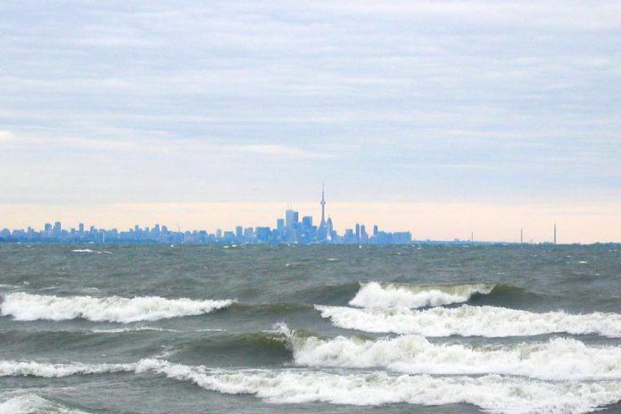 Higher-than-normal water levels in Lake Ontario have increased the risk of shoreline flooding and erosion (photo: Wikipedia)