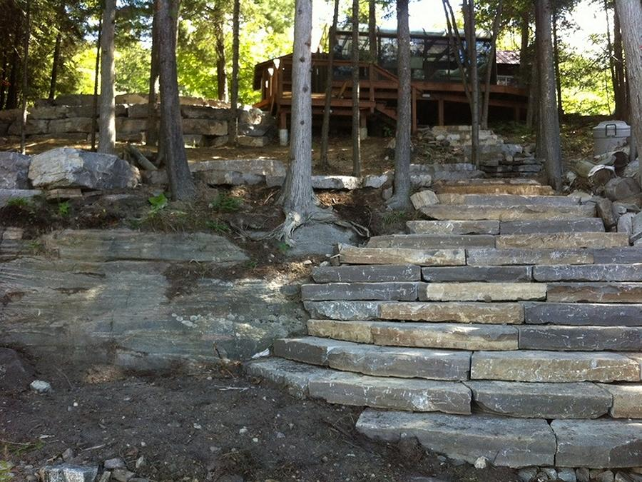 Armourstone has big design impact, and can look either natural or modern. (Photo: Kawartha Lakes Landscaping)