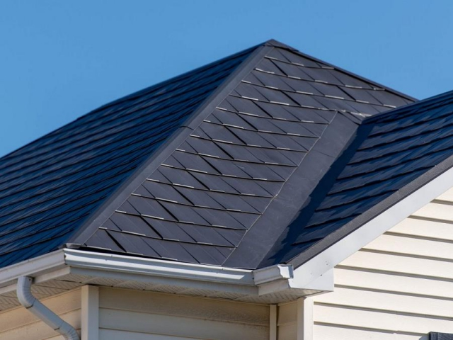 Four-way interlocking metal shingles from Lifestyle Home Products look similar to conventional shingles. (Photo: Lifestyle Home Products)