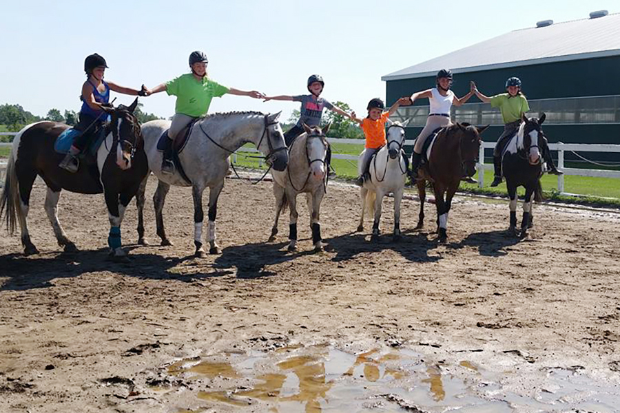 Seven Pines Stables offers equine activities, arts and crafts for children ages 7 and older, taught by owner and riding instructor Heather Leach. (Photo: Heather Leach / Seven Pines Stables)