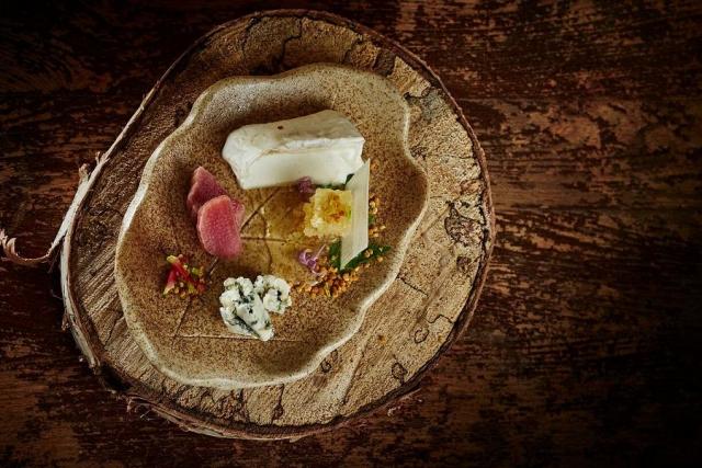 Tasting menus at Mount Julian restaurant at Viamede Resort offer a new experience every visit. (Photo: Viamede Resort)