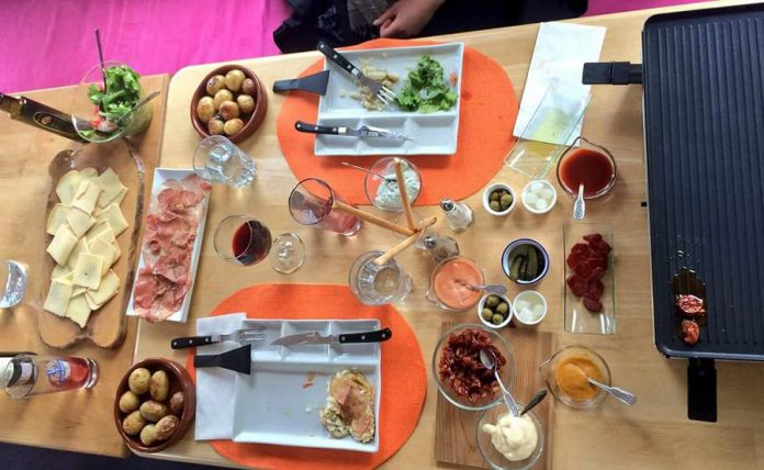 At Fresh Dreams, Mediterranean tapas meet Swiss interactive dishes like Raclette and Fondue Bourguignonne. (Photo: Fresh Dreams)