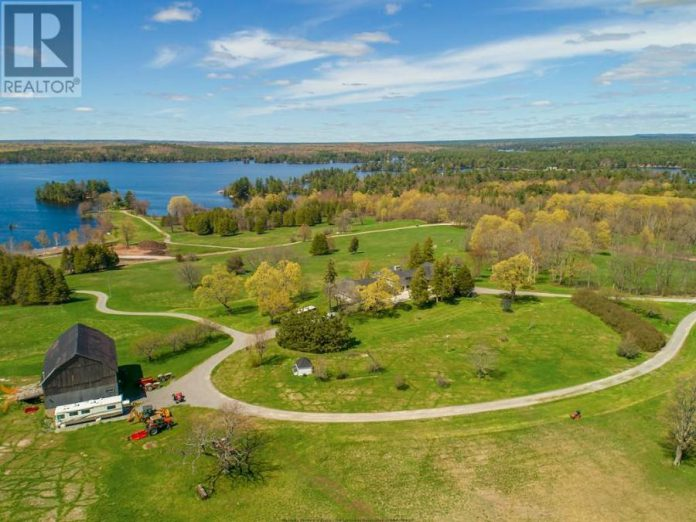 Hawkstone Manor sits on 175 acres of prime real estate on Stoney Lake, with more than 3,300 feet of shoreline. (Photo: Realtor.ca)