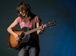 Roots-rock singer-songwriter Erika Werry and The Alphabet performs at The Garnet in Peterborough on Friday, August 18 and at The Arlington in Maynooth on Saturday, August 19. (Publicity photo)