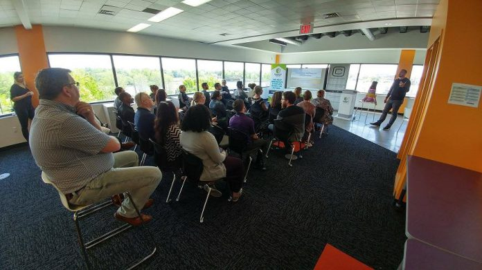 The Innovation Cluster offers free workshops for startups and entrepreneurs. Here aspiring entrepreneurs attend a Knowledge Partner workshop inside The Cube.