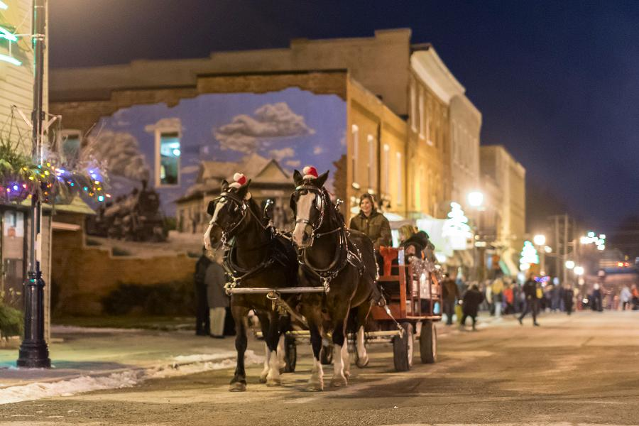 Experience An Old Fashioned Christmas In Millbrook On
