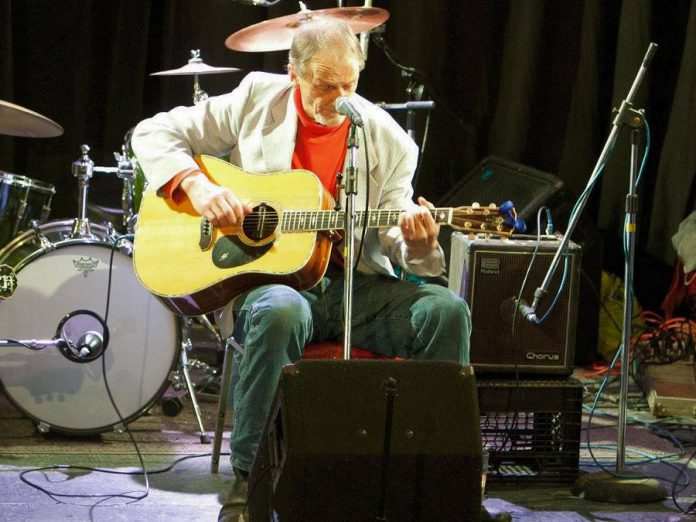 Legendary folk rocker Joe Hall, pictured here in 2014 at JP Hovercraft's 60th birthday celebration, performs a matinee show on Saturday, December 16 at the first-ever live music event at Moody's Bar & Grill in Millbrook. (Photo: SLAB Productions)