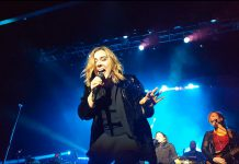 Serena Ryder's voice was in fine form for her 90-minute concert at Showplace Performance Centre on December 15, 2017. (Photo: Jeannine Taylor / kawarthaNOW)