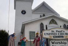 Thieves removed the figures of Mary and Baby Jesus from this nativity scene at St. Paul's United Church in Bancroft last weekend. (Photo: Reverend Lynn Watson)