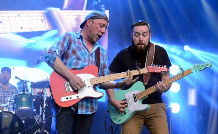 Tony D and Steve Marriner performing at Ottawa Bluesfest in 2015. (Photo: Dan Nawrocki)