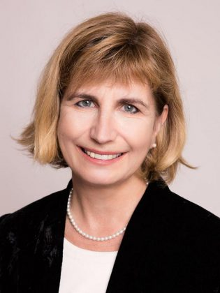 Nathalie Des Rosiers  is a well-known professor and constitutional law expert who has been named one of Canada's 25 most influential lawyers. (Photo: Province of Ontario)