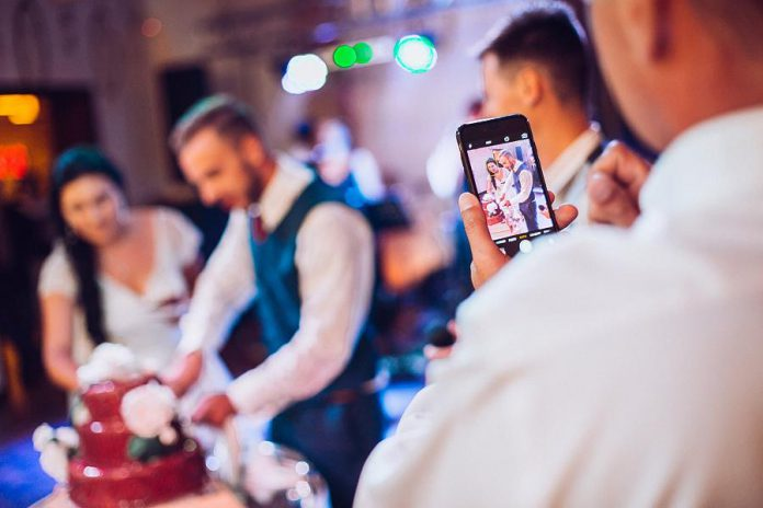 BlushDrop Wedding Video allows newlyweds to produce a low-cost professionally edited wedding video using smartphone footage shot by their wedding guests. (Photo: BlushDrop / Facebook)