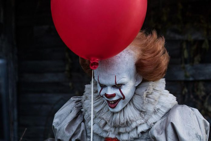 "Pennywise the Clown returns in the ""It"" sequel to again face The Losers Club, 27 years after the events of the first film.   (Photo: Warner Bros. Pictures)"