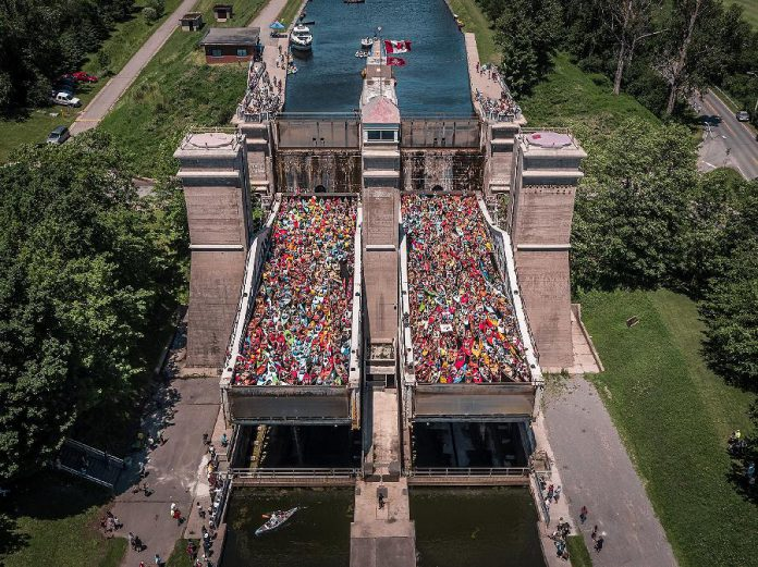 Last year's event in honour of Canada 150 saw a record-breaking 328 canoes and kayaks filling the two chambers of the Peterborough Lift Lock. Some paddlers were turned away, so the Peterborough Lift Lock National Historic Site of Canada, in co-operation with The Canadian Canoe Museum and The Land Canadian Adventures, is making this year's event more inclusive. (Photo: Parks Canada)