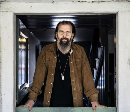 Showplace Performance Centre in downtown Peterborough launches its 2018-2019 fall/winter season with a concert by Steve Earle on Tuesday, September 4, 2018. Other concerts include Dewey Via, John McDermott, Elton Rohn, Raine Maida & Chantal Kreviazuk, Liona Boyd, Natalie MacMaster & Donnell Leahy, Roch Voisine, Jesse Cook, and tributes to Fleetwood Mac, ABBA, and Andrew Lloyd Webber as well as the ever-popular Classic Albums Live shows featuring Supertramp, Queen, and Elton John. (Photo: Chad Batka)