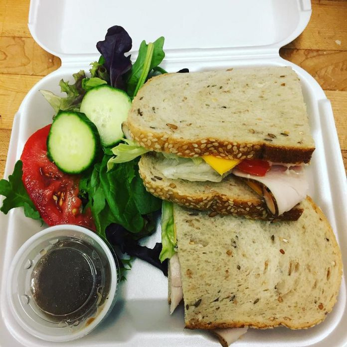 "A sample of a fresh and healthy ""pay it forward"" lunch provided by Sugar Dust Bakery & Cafe to a person in need, paid for by customers. (Photo: Sugar Dust Bakery & Cafe)"