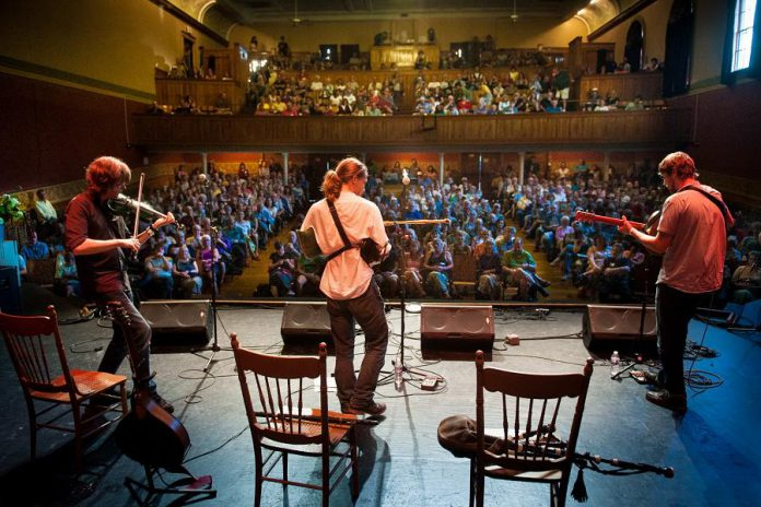 Cantrip (Jon Bews, Dan Houghton, and Eric McDonald) are performing at Market Hall Performing Arts Centre in Peterborough on August 9, 2018. (Publicity photo)