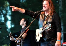 Former Great Big Sea frontman Alan Doyle, pictured here with his band at the 2017 Blacksheep Festival in Germany, performs a free concert at Peterborough Musicfest in Del Crary Park on August 8, 2018. (Photo: Rs-foto / Wikipedia)